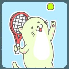 太っちょ猫、テニスをする